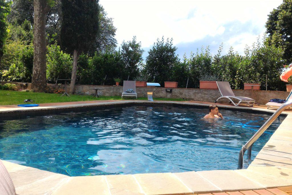 Bath at the Swimming pool